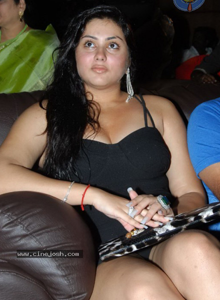 Namitha says 'No...No'