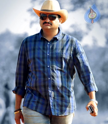Bandla Ganesh's Wrong Tweet on 'Baadshah'?