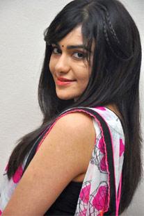 After Nithiin n Bunny, She Romances Vishnu!