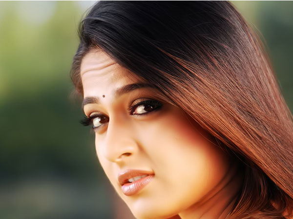 Anushka Not a Part of Chiranjeevi's 150th