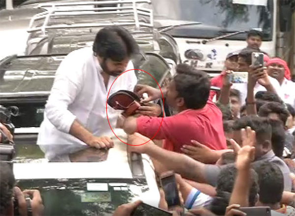 Fan surprises Pawan Kalyan