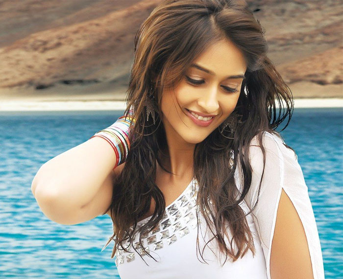 Ileana Says No to Mahesh Babu and Allu Arjun's Films!