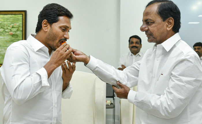 KCR's Interference in Jagan's Administration?