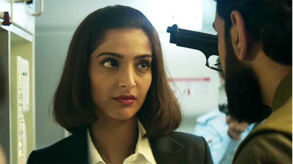 Neerja Gets Standing Ovation From Public