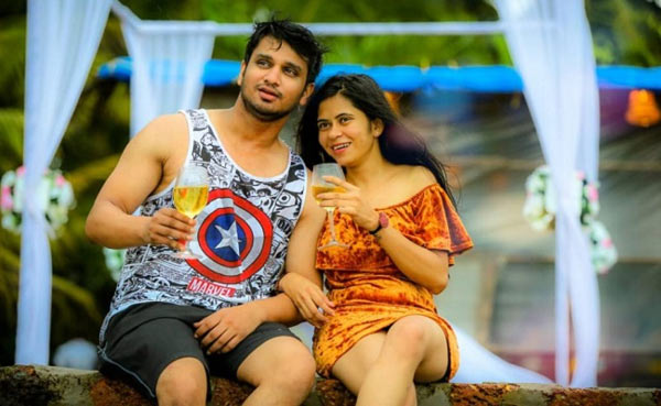 Nikhil Gets Engaged To Pallavi Varma