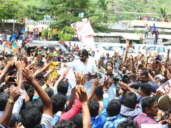Pawan Kalyan's Bus Yatra Success for Three Reasons
