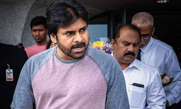 Pawan Kalyan Busy in Movies and Politics