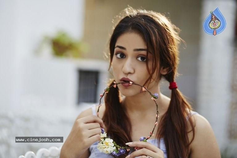 Priyanka Jhawalkar Not Akhil's Heroine