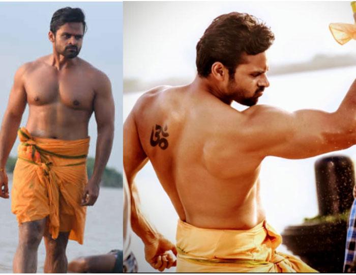 Sai Tej Flaunts Muscles for Prati Roju Pandaage