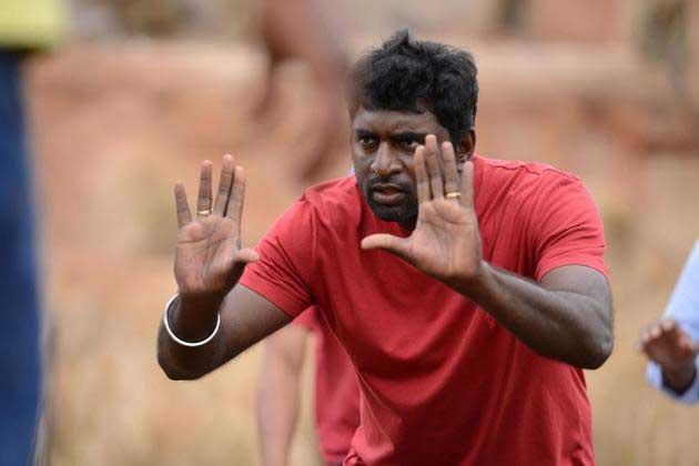 Senthil Finds Errors in 'Baahubali'!