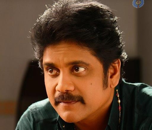 Soggade Chinni Nayana Story Nagarjuna Plays Ghost