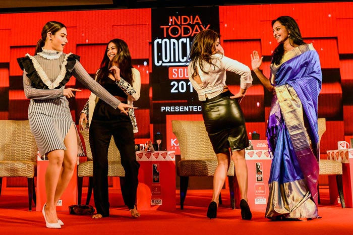 Tamanna, Shriya, Amyra Dastur, Manju Warrier Dance @ India Today South Conclave 2017