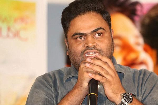 Vamsy Paidipally Is Akkineni Akhil Second Film Director