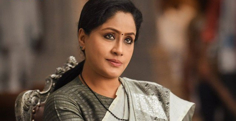 Vijayashanthi Dubs for Sarileru Neekevvaru!