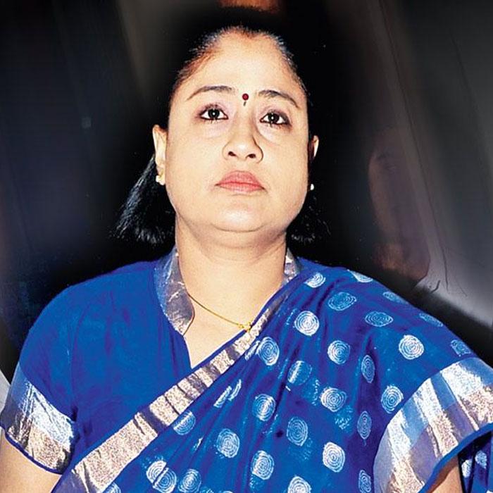 Vijayashanthi's Powerful Role in Sarileru Neekevvaru