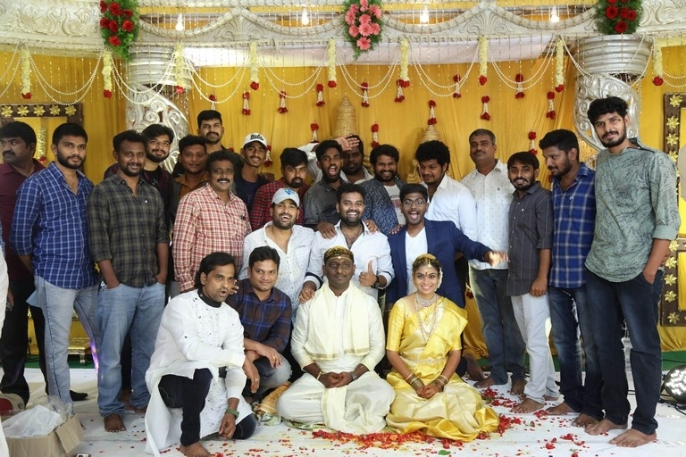 Writer Prasanna Kumar Bezawada Wedding Photos - 1 / 4 photos