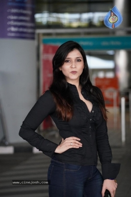 Mannara Chopra Photos - 2 of 11