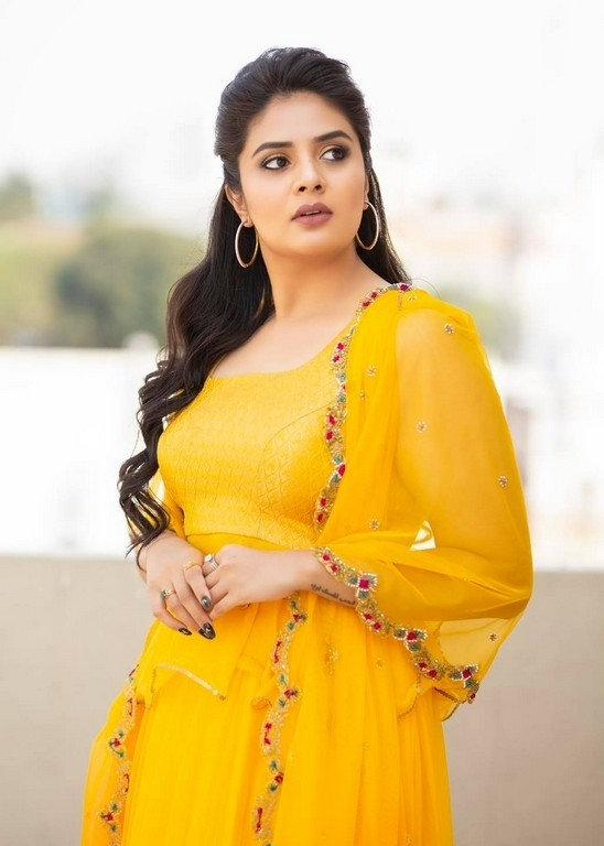 Sreemukhi Photos - 6 / 8 photos