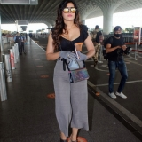 Divinaa Thackur Spotted At Airport