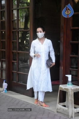 Malaika Arora Spotted at her House - 2 of 11