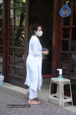 Malaika Arora Spotted at her House - 7 of 11