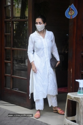 Malaika Arora Spotted at her House - 9 of 11