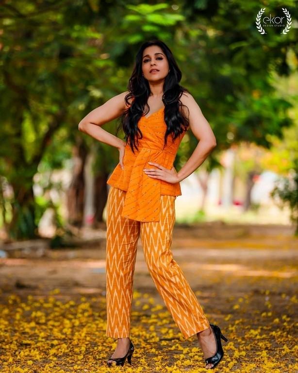 Rashmi Gautam Photos - 6 / 6 photos