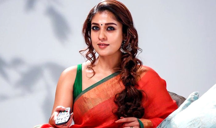 nayanthara,lady super star,evergreen,17 years career,nayanthara glamour  17 ఏళ్ల కెరీర్.. చెక్కు చెదరని నయన్ గ్లామర్!