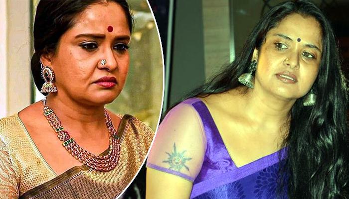 actress pragathi,pragathi aunty,jr artist pragathi,famous comedian,misbehave,tollywood  ప్రగతి ఆంటీని అంతగా ఇబ్బంది పెట్టిందెవరబ్బా!?