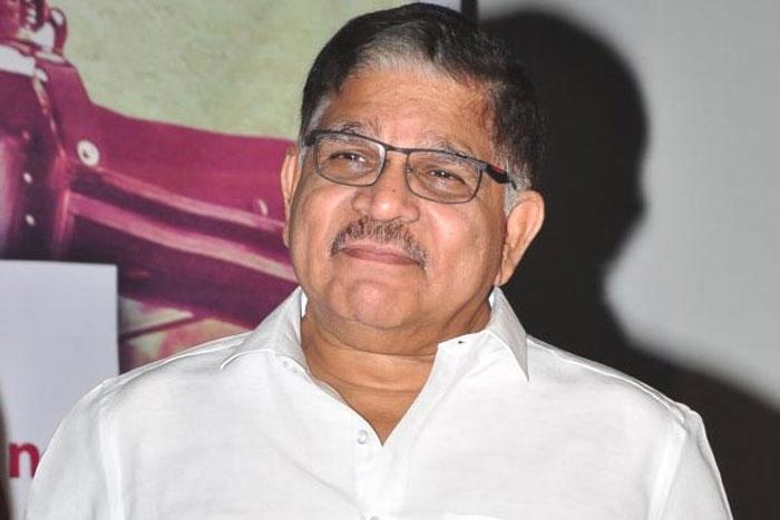 allu aravind,skecth,akhil akkineni,next movie,bommarillu bhaskar  అల్లు అరవింద్ ప్లాన్ చేస్తే అంతే మరి!
