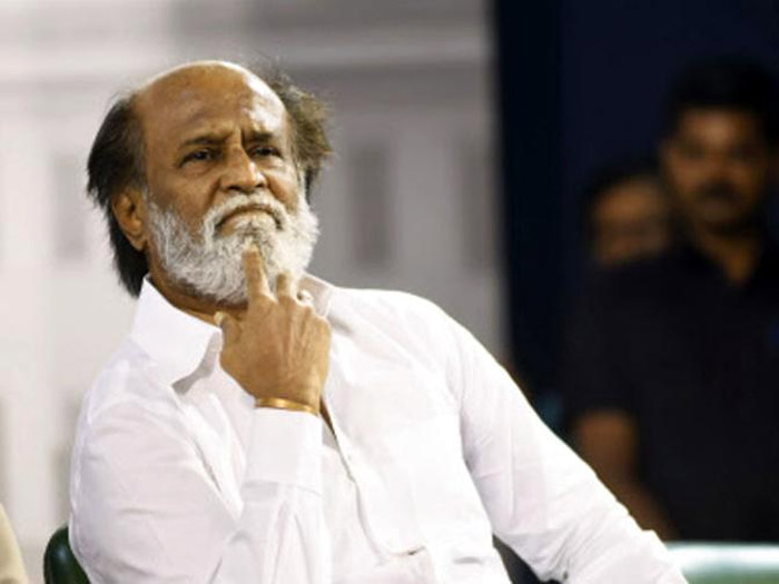 rajinikanth,tamil nadu,amit shah,bjp,anna dmk party,pcc president thirunavukarasu  రజినీకాంత్ పై తలా ఒక్కోమాట..!