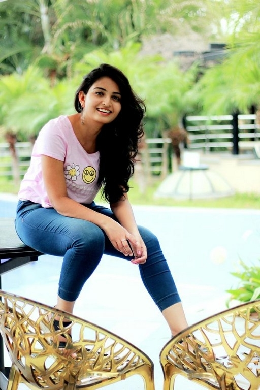 ananya nagella,ananya nagella new photo shoot,ananya nagella news,vakeel saab girl  వకీల్ సాబ్ పాప సోషల్ మీడియా లుక్