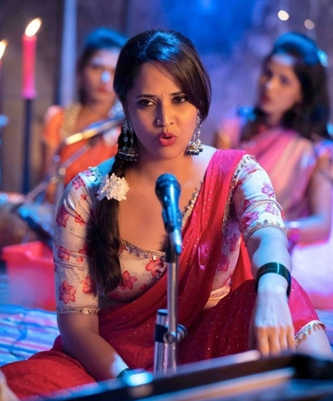 anasuya,item song,chavu kaburu challaga movie,karthikeya,lavanya tripathi,jony master  అలా అనడంతో హర్ట్ అయిన ఫ్యాన్స్