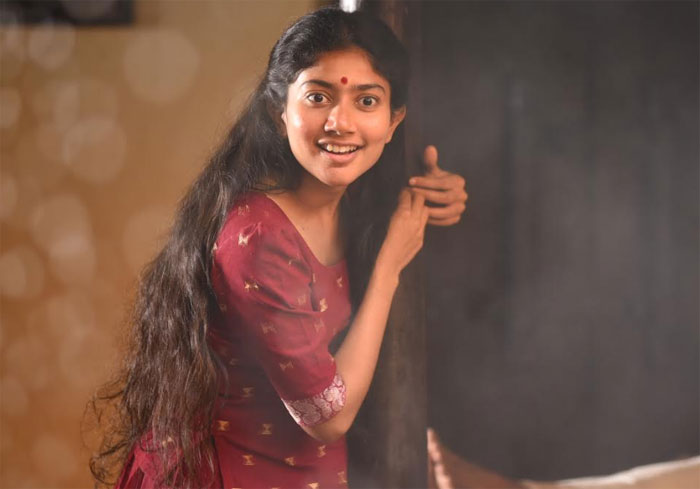 sai pallavi,anukoni athidhi,movie,release,november 15  సాయిపల్లవి 'అనుకోని అతిథి' రిలీజ్ డేట్!