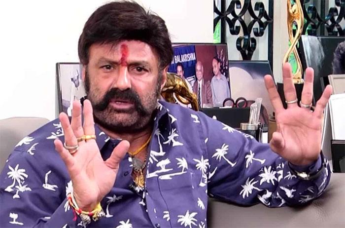 balakrishna,chiranjeevi,issue,tollywood,latest interview  బాలయ్య.. బాంబులు భలే పేల్చుతున్నాడుగా?