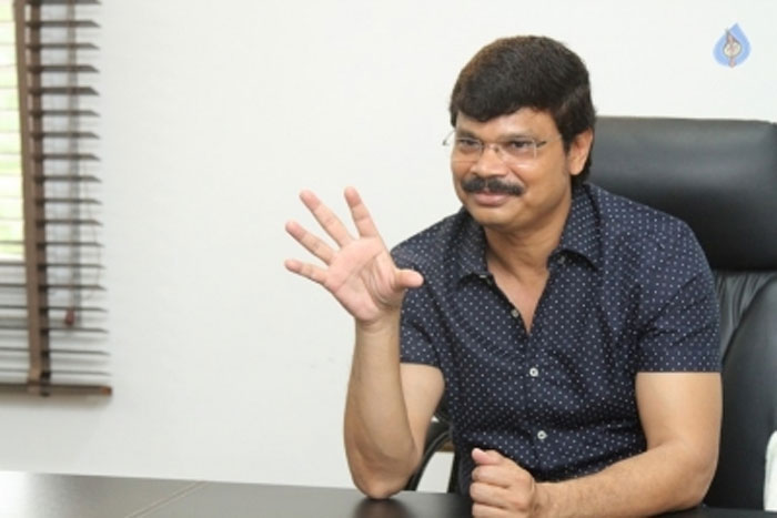 boyapati srinu,bb3,balakrishna,title,heroine,amala paul super man,monarch  BB3 టైటిల్, హీరోయిన్పై బోయపాటి క్లారిటీ!
