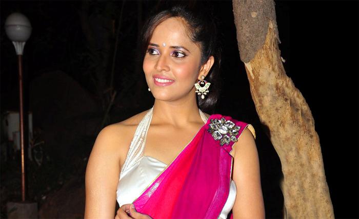 bunny-sukku movie,anchor anasuya,anasuya role,allu arjun  బన్నీ-సుక్కు మూవీలో అనసూయ పాత్ర ఇదేనట!
