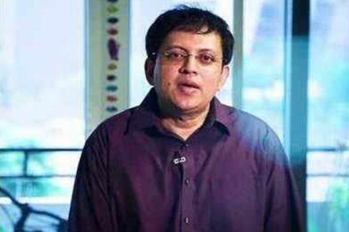 babu gogineni,case filed,aadhar numbers,bigg boss  బాబు గోగినేనిని బాగా ఇరికించేశారు..!
