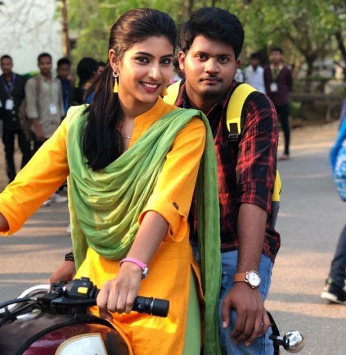 varun,divya rao,degree college,movie,release,february 7  'డిగ్రీ కాలేజ్' విడుదలకు రెడీ..!