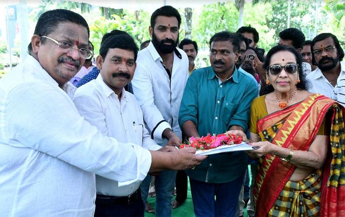 nandamuri tarakaratna,devineni nehru,movie,opening,details  'దేవినేని'గా నందమూరి హీరో..
