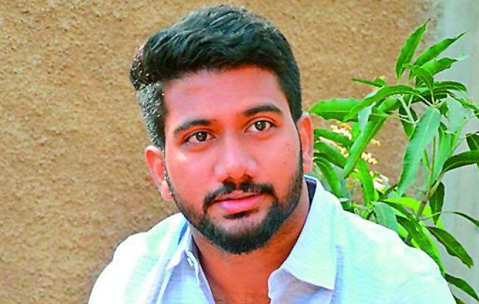 prasanth varma,dhanush,combination,awe movie,kalki,tamil hero  'అ' దర్శకుడితో తమిళ హీరో ధనుష్?