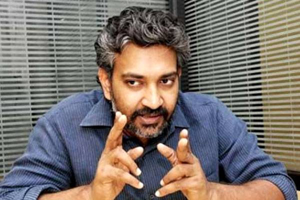 director raja mouli,baahubali 1 movie,baahubali 2 movie,prabhas,anushka,mahabharatham movie rajamouli life dream  మరోసారి జక్కన్నపై రూమర్లు...!