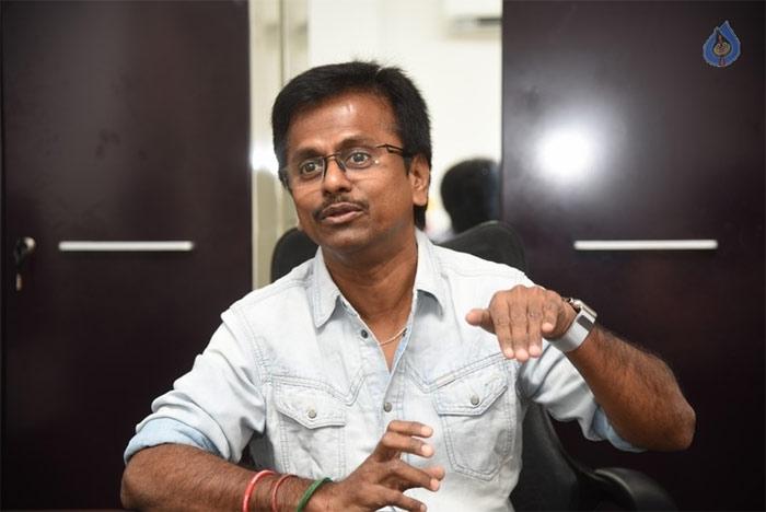 spyder,director ar murugadoss,director ar murugadoss interview,spyder movie,mahesh babu  'స్పైడర్' గురించి మురుగదాస్ ఇలా చెప్పేశాడేంటి?