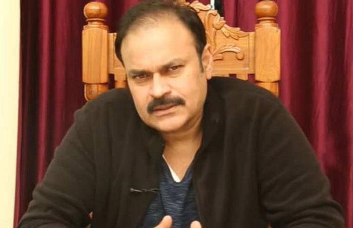 jabardasth,roja,nagababu,re entry,rumours,nagababu judge  నాగబాబే వెనక్కి వచ్చేస్తున్నాడా?
