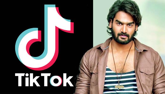 tiktak,young hero,karthikeya,90ml movie,promotion  'టిక్ టాక్' నిన్ను వదల.. అంటున్న యంగ్ హీరో!