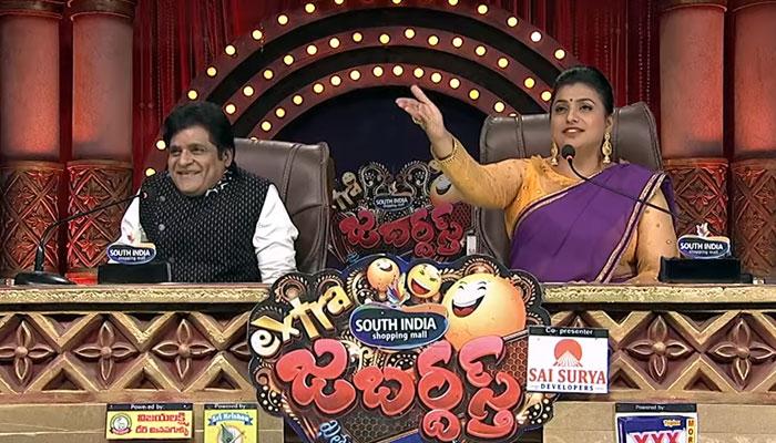 jabardasth show,new judge,comedian ali,mega brother nagababu,mla roja,mallemala  'జబర్దస్త్'కు నాగబాబు స్థానంలో ఆయనొచ్చేశాడు!