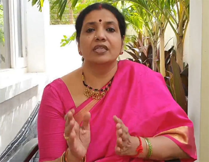 jeevitha rajasekhar,maa meeting,controversy,maa naresh,tollywood,movie artistes association  అవును..'మా'లో విభేదాలున్నాయ్: జీవిత