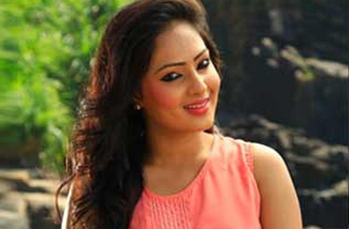 nikesha patel,komaram puli,breakup,love  నికిషా పటేల్ బ్రేకప్ కి కారణం ఇదే!