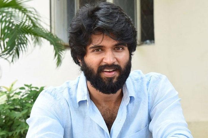 vijay deverakonda,busy,fighter,movie,shooting  విజయ్ ఇక తొందరపడనంటున్నాడు!
