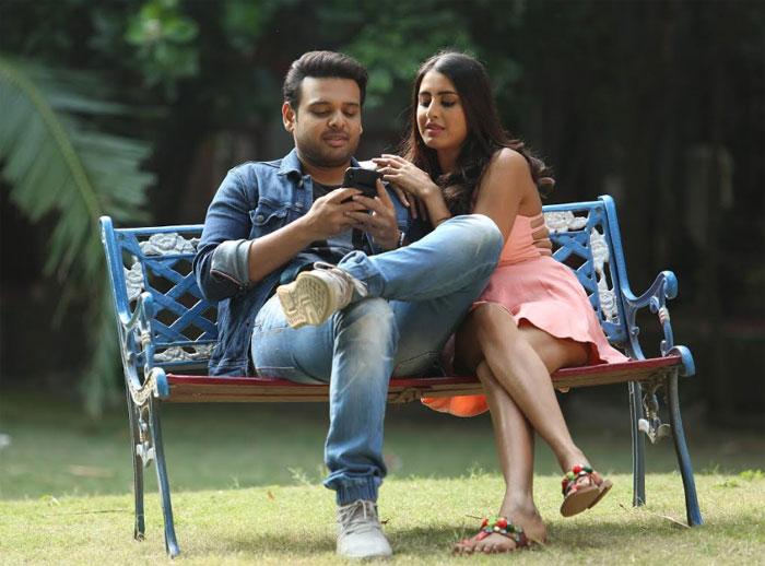 oorantha anukuntunnaru movie,naveen vijay krishna,balaji sanala  దసరాకి 'ఊరంతా అనుకుంటున్నారు'